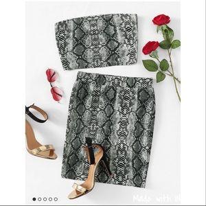 Dresses & Skirts - ✨Sexy SnakeSkin 2 pc Bandeau & Skirt set✨ XS-L
